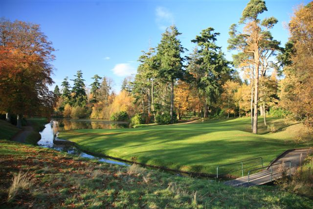 Letham Grange – 8th green from 9th tee