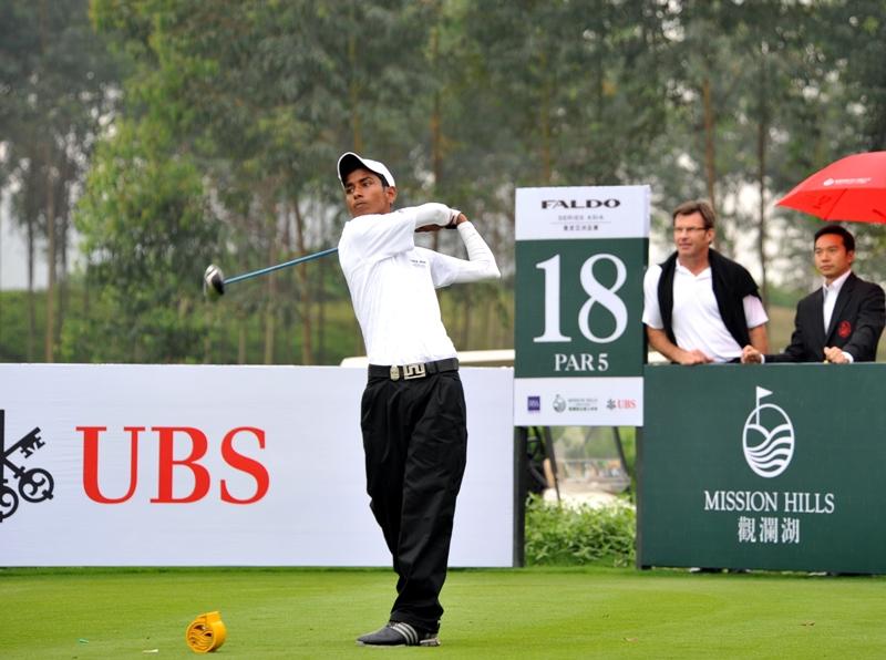Rashid Khan of India 2009 champion 18thtee_LR