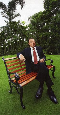 Dr David Chu 1