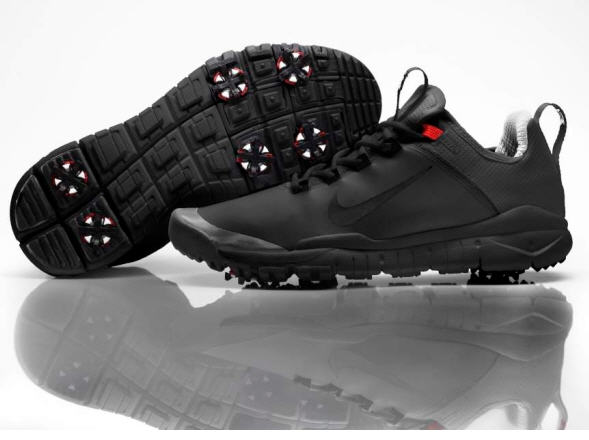 89cbbb46221995 Golf Business News - Tiger Woods Debuts Prototype Shoe on Comeback