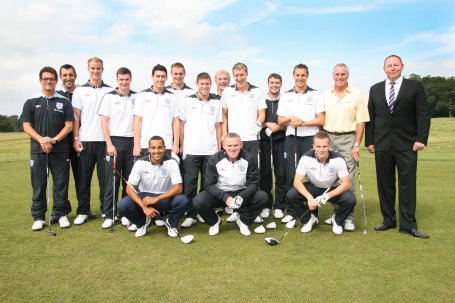 England Players & Manager at Brocket Hall to play golf course