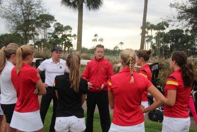 Sebastian R Coaching the German Girls Golf Team _ low res