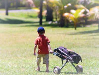 GoGolf child with trolley