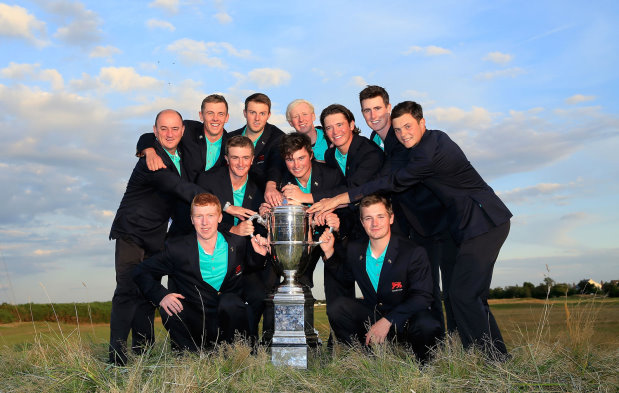 Winning GB&I Team with the Walker Cup (2)