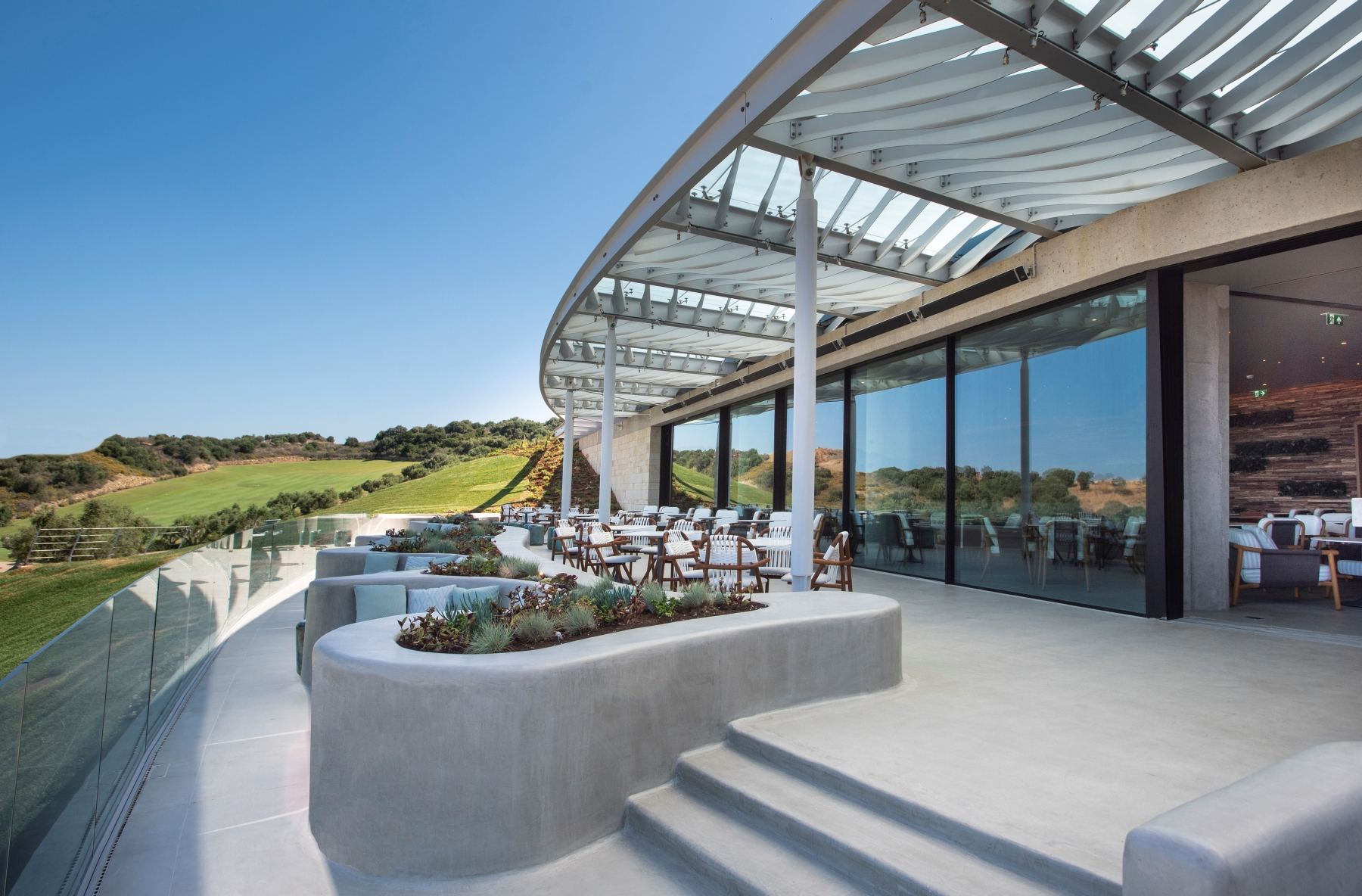 Bay clubhouse 2 – MED
