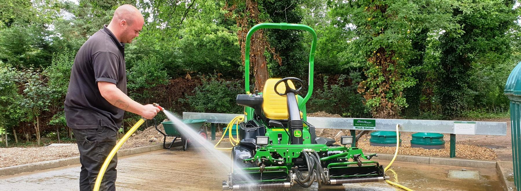 Brookmans Park cropGC's Nick Billington demonstrates the new self-installed …