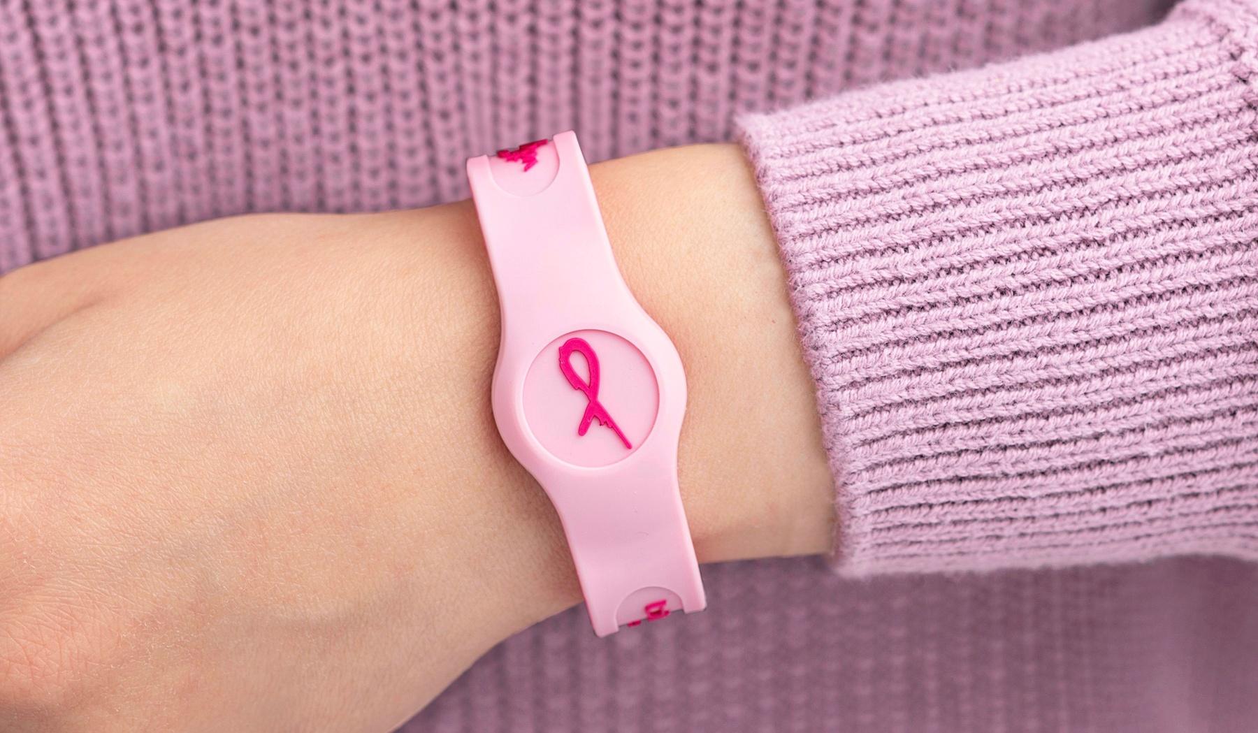 Pink_Ribbon_Band_Wrist (1)