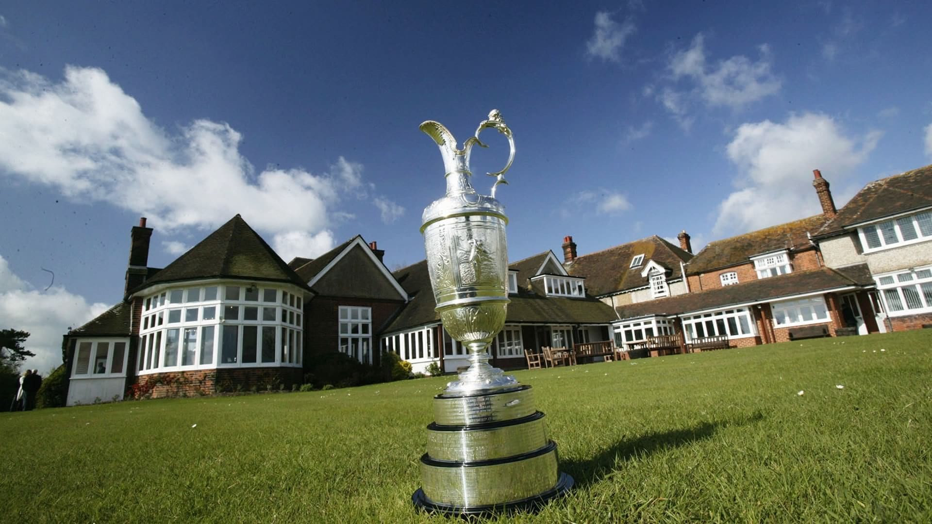clubhouse_1920_royal_st_georges_claret_jug